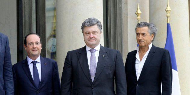 Ukraine: le milliardaire pro-européen Porochenko officialise sa candidature à la