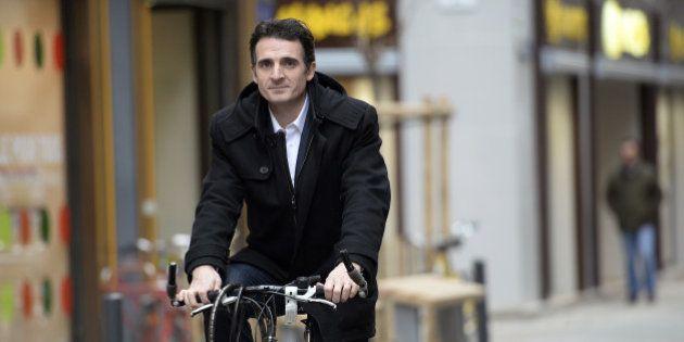 Municipales 2014: à Grenoble, le candidat écologiste Éric Piolle victime d'une