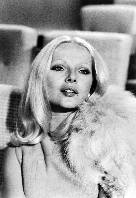 Virna Lisi est morte: l'actrice italienne à la beauté blonde éclatante disparaît à l'âge de 78