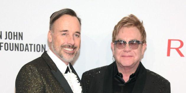 Elton John va se marier avec David Furnish dimanche 21