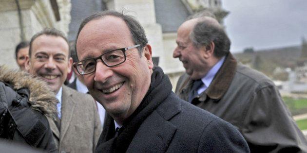 Popularité: François Hollande et Manuel Valls en nette hausse selon un sondage BVA pour
