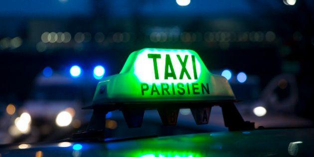 Les trois questions que pose le rachat par l'État des licences des chauffeurs de