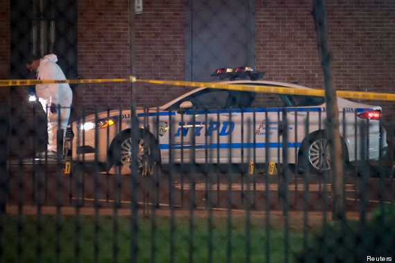 PHOTOS. Deux policiers assassinés à New York, Barack Obama condamne