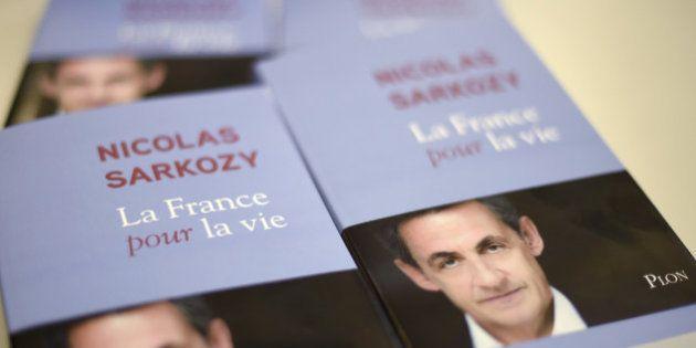 Le livre de Nicolas Sarkozy écoulé à 70.000 exemplaires, en tête des ventes après 8