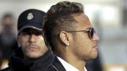Neymar mis en examen par le parquet brésilien pour évasion