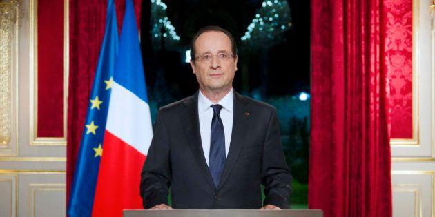 Remaniement: François Hollande fera une allocution à 20h, Valls favori pour