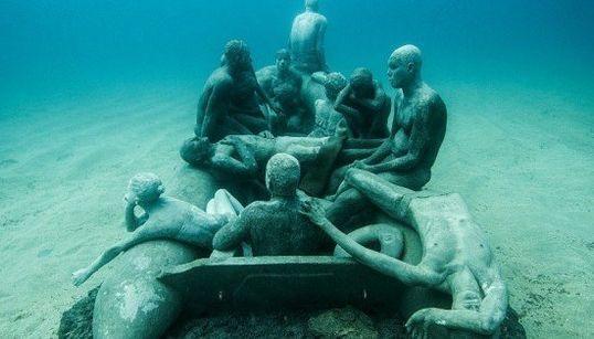Le premier musée sous-marin d'Europe prend