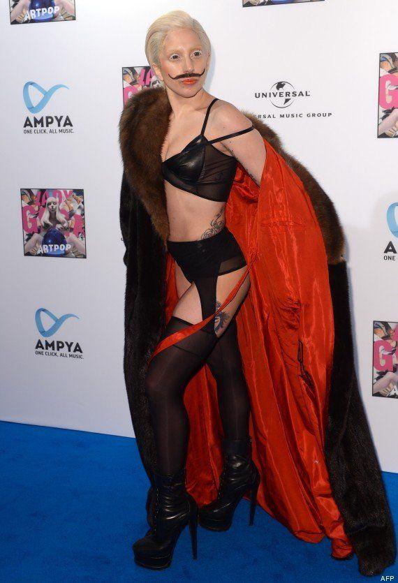 PHOTOS. Lady Gaga à Berlin : la chanteuse s'affiche avec un chapeau des plus