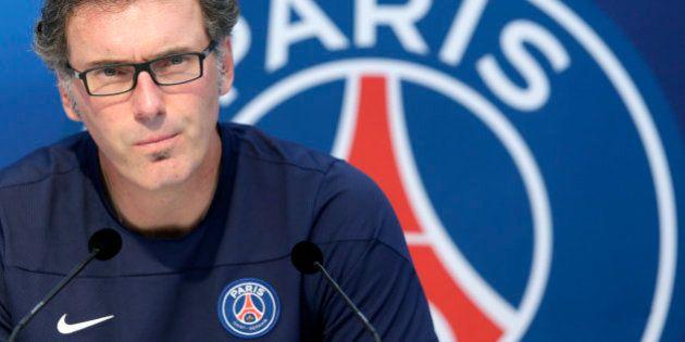 Grève du football : l'entraîneur du PSG Laurent Blanc