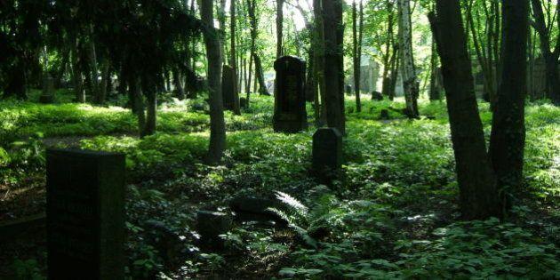 Un cimetière exclusivement lesbien sur le point d'être inauguré à