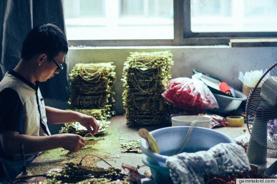 PHOTOS. Yiwu: l'atelier du père Noël est en fait une véritable ville-usine de