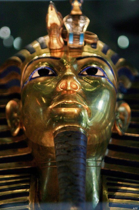 PHOTOS. Le masque funéraire de Toutânkhamon