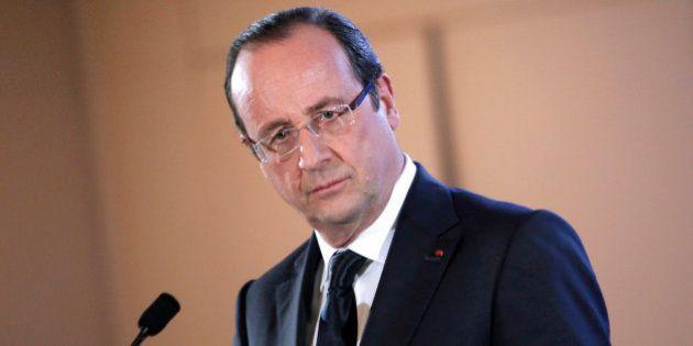 La popularité de François Hollande s'effondre après l'affaire Leonarda, celle de Valls