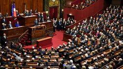 Déchéance, état d'urgence... Le débat houleux sur la révision constitutionnelle entre dans le