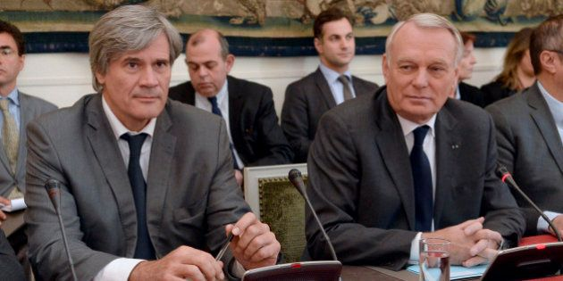 Écotaxe suspendue: Jean-Marc Ayrault recule
