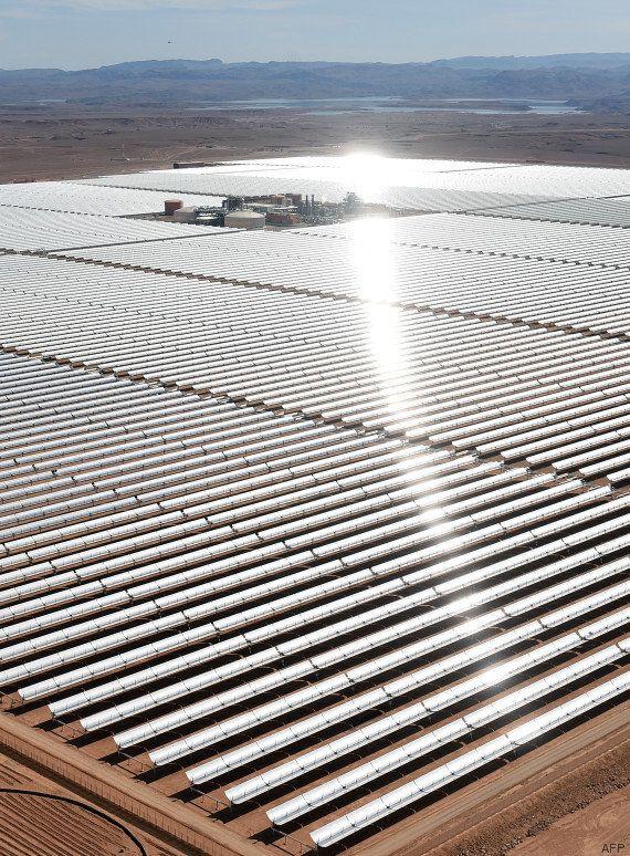 Ce qui deviendra la plus grande centrale solaire du monde a été inaugurée dans le désert du