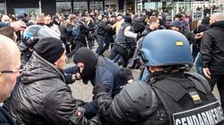 Échauffourées à Calais entre police et manifestants