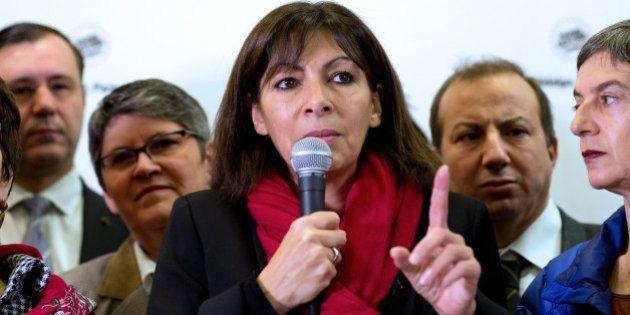Municipales à Paris: Anne Hidalgo creuse l'écart avec NKM au 1er comme au 2nd tour, selon un