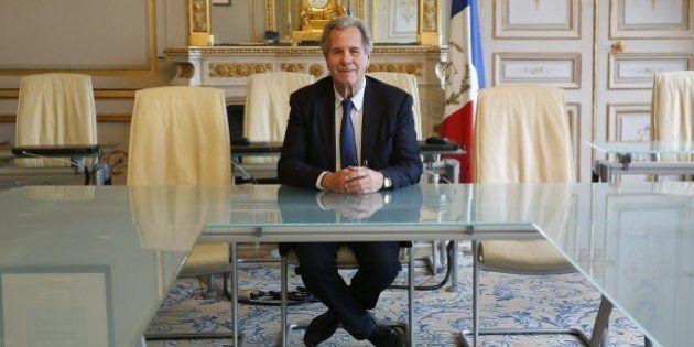 Laurent Fabius à la présidence d'un Conseil constitutionnel de plus en plus