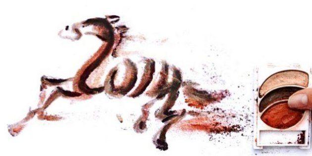 PHOTOS. Elle dessine avec du maquillage pour fêter le nouvel an