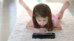 Les enfants qui ont une tablette dans leur chambre dorment moins que les