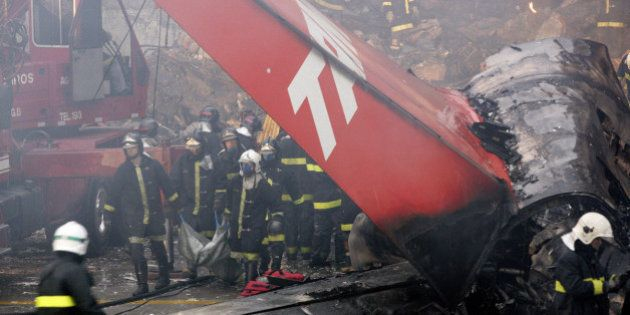 PHOTOS. Les pires crash d'avion depuis