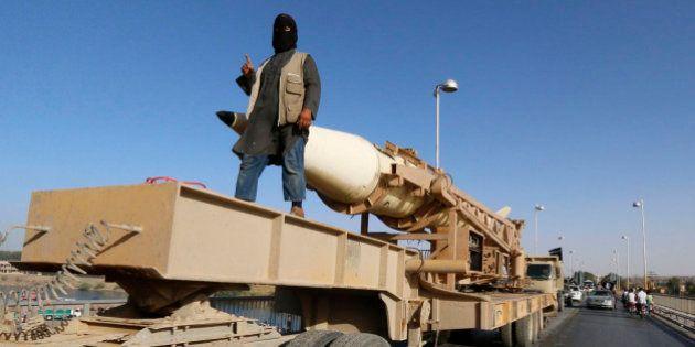 Argent de Daech: l'Etat islamique estime son budget 2015 (excédentaire) à 2 milliards de