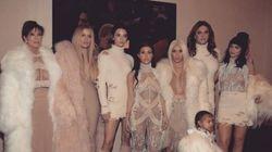 Les Kardashian ne sont pas passées inaperçues au défilé-concert de