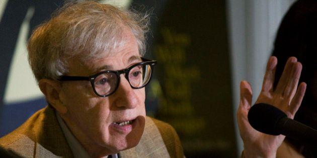 La fille adoptive de Woody Allen, Dylan Farrow, l'accuse d'agression
