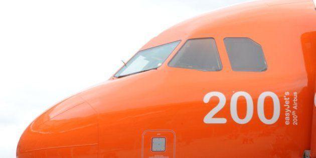 Crash de l'A320 de Germanwings : ces compagnies qui imposent la présence permanente de deux personnes...