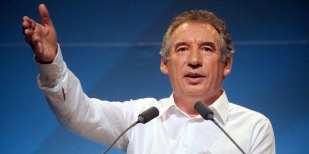 Bayrou candidat à Pau aux municipales de 2014 sous les couleurs de L'Alternative
