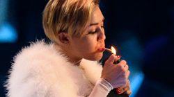 La nouvelle provocation de Miley Cyrus: fumer de l'herbe sur