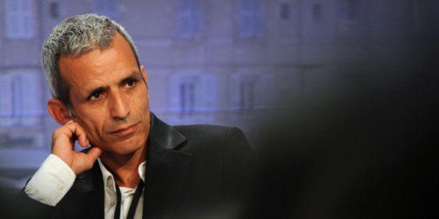 Remaniement: Ayrault doit partir, selon le député PS Malek