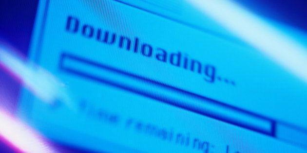 Téléchargement: un pirate condamné à une amende de 1 million d'euros et 10 mois de prison avec
