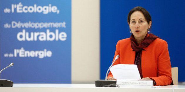 Nucléaire: Ségolène Royal prône la construction de nouvelles