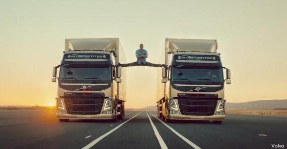 VIDÉO. Jean-Claude Van Damme fait le grand écart entre deux camions en marche