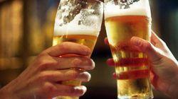 Travailler trop peut conduire à boire trop