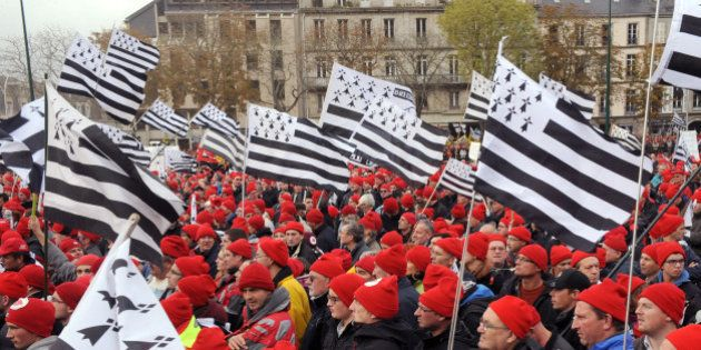 Bonnets rouges: le syndicat FO se désolidarise du mouvement