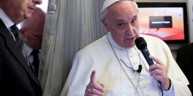 Pape François et Charlie Hebdo : la liberté d'expression ne donne pas le droit d'