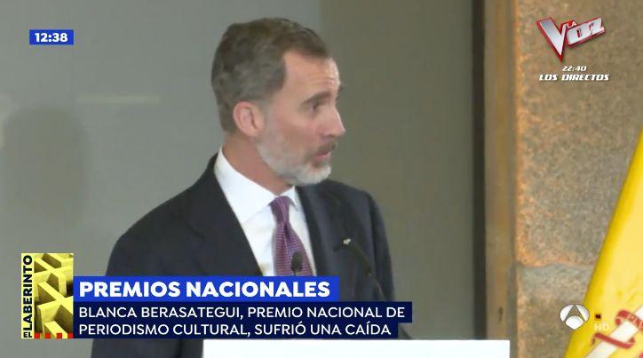 """Felipe VI se disculpa tras el percance que sufrió una periodista: """"El culpable he sido"""