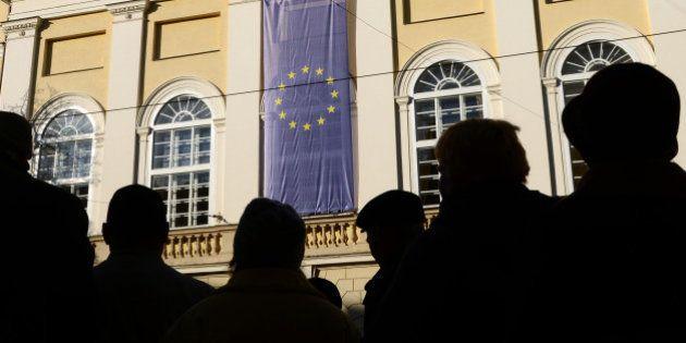 L'Ukraine suspend son accord d'association avec