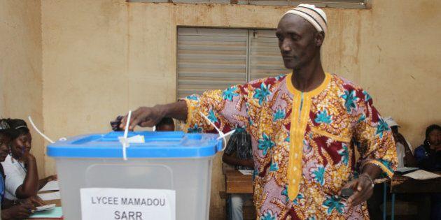 Élections législatives au Mali sous haute surveillance par peur d'actions