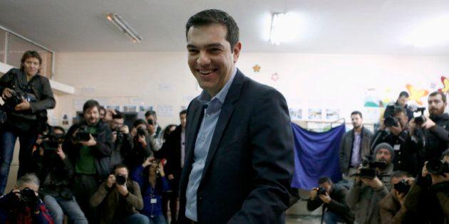 Élections législatives en Grèce: Syriza en tête de 7 points après 50% des bulletins de vote