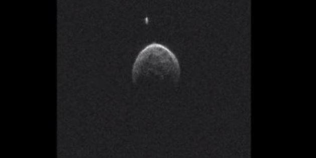 VIDÉO. Un astéroïde de 500 mètres a frôlé la Terre, il a sa propre petite