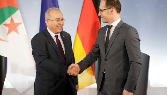 """Lamamra à Berlin: """"L'Etat est soucieux de préserver la pérennité des institutions"""