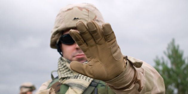 the us soldier showing arm