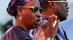 Amadou et Mariam et 40 artistes maliens chantent pour la