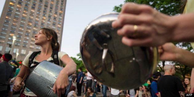 Québec: Concerts de casseroles pour la liberté de manifester- VIDÉO-