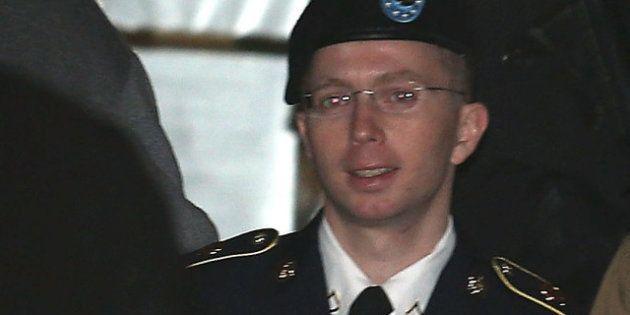 WikiLeaks: la juge accepte en partie le plaider coupable de Bradley Manning, qui raconte son