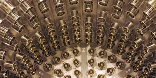 Neutrinos, vitesse de la lumière: un câble a pu fausser